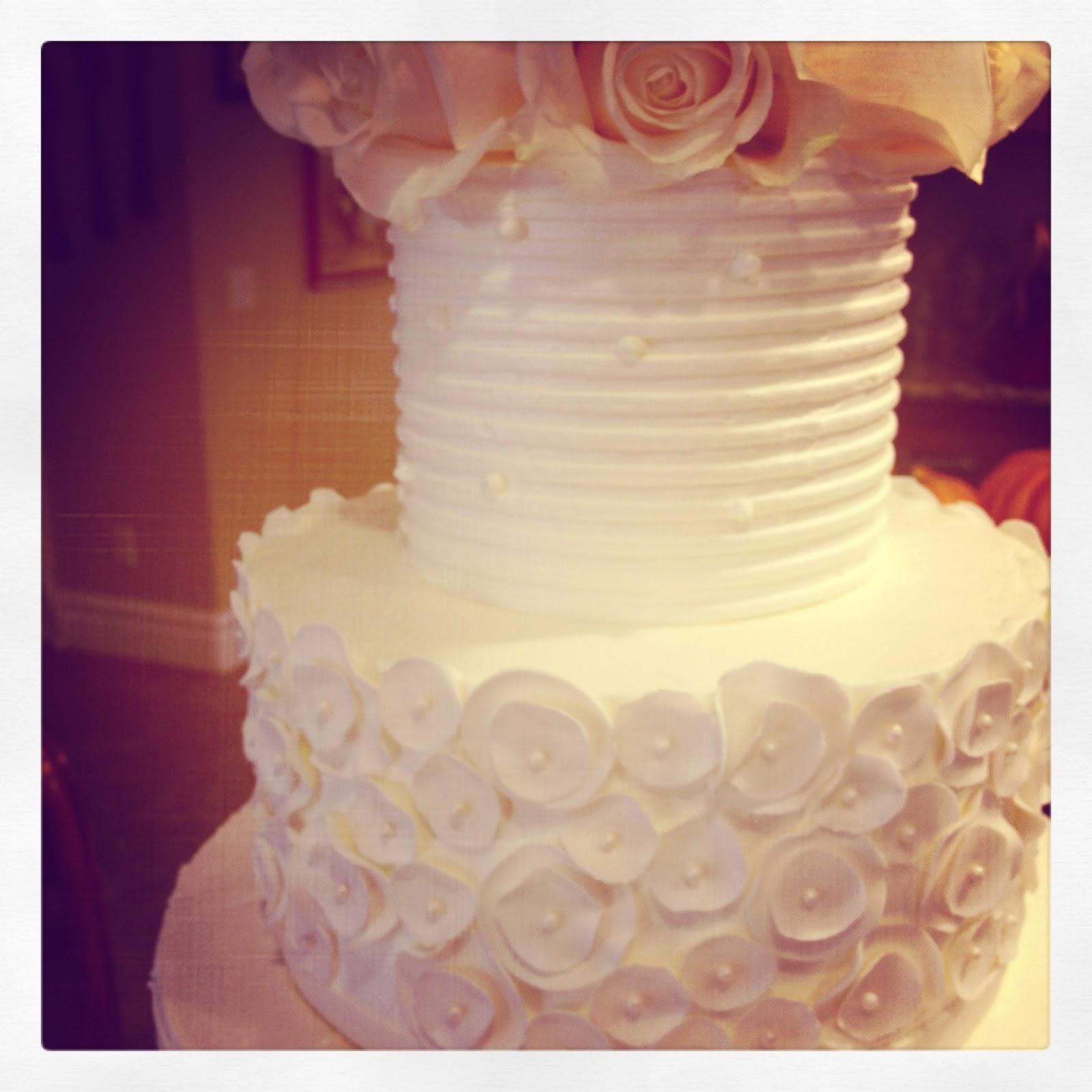 white buttercream wedding cake with white roses | BAKESHOPmarie