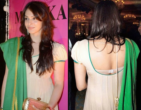 Esha Koppikar sexy picture