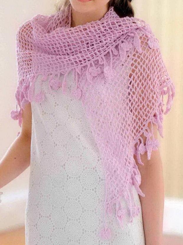 Easy Crochet Patterns For A Shawl : Stylish Easy Crochet: Easy Crochet Lace Shawl Pattern