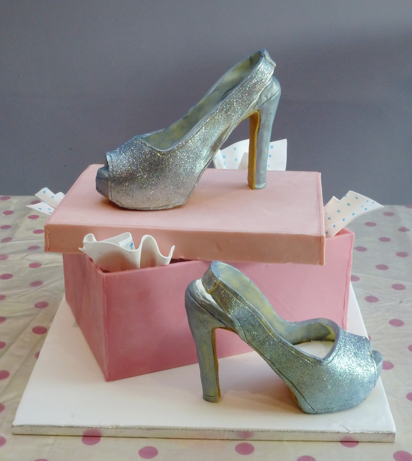 Cake Decorations Silver Shoes : SiliconeMoulds.com Blog: Galloping Gus and Sparkly Shoes ...