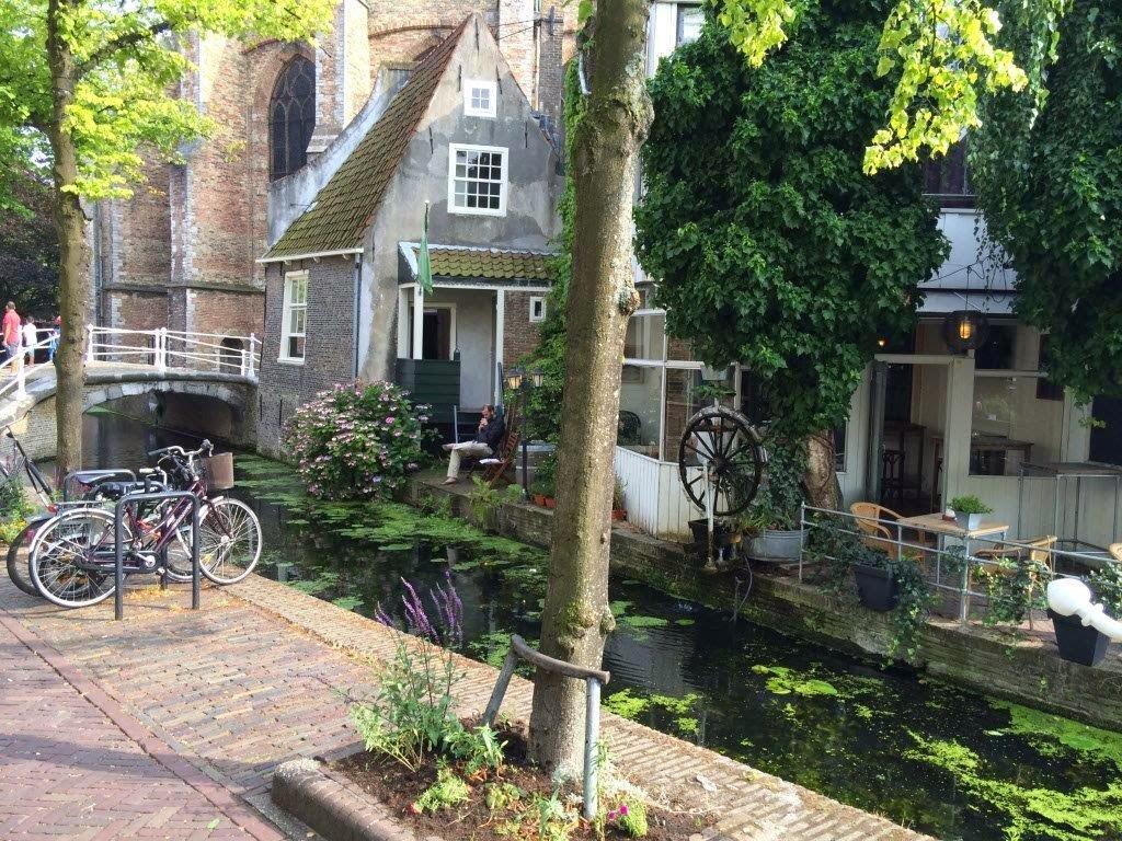 Idyllic canals