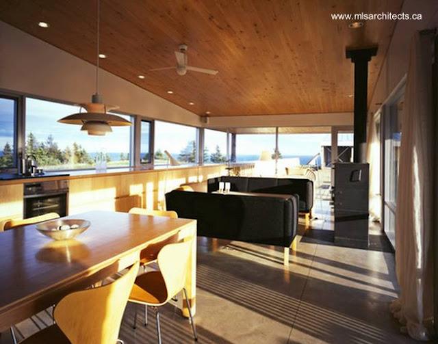 Sala y comedor de la residencia de la colina en Nueva Escocia