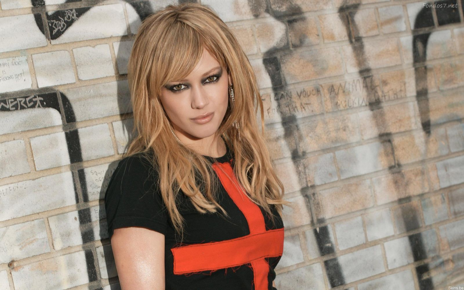 Wikimise: Hilary Duff Wiki and Pics