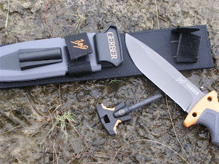 Bear Grylls Gerber Knife Review