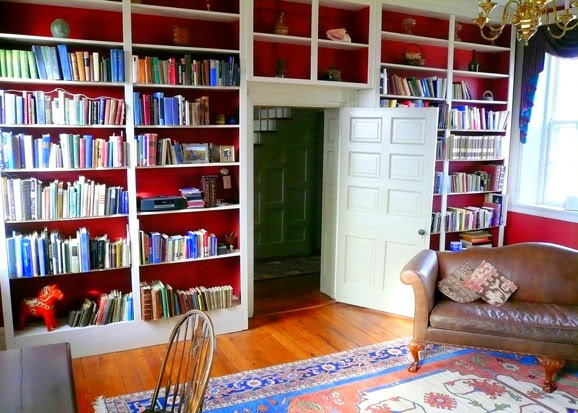 A mini grolier library at home an ideal way to start a for Mini library at home