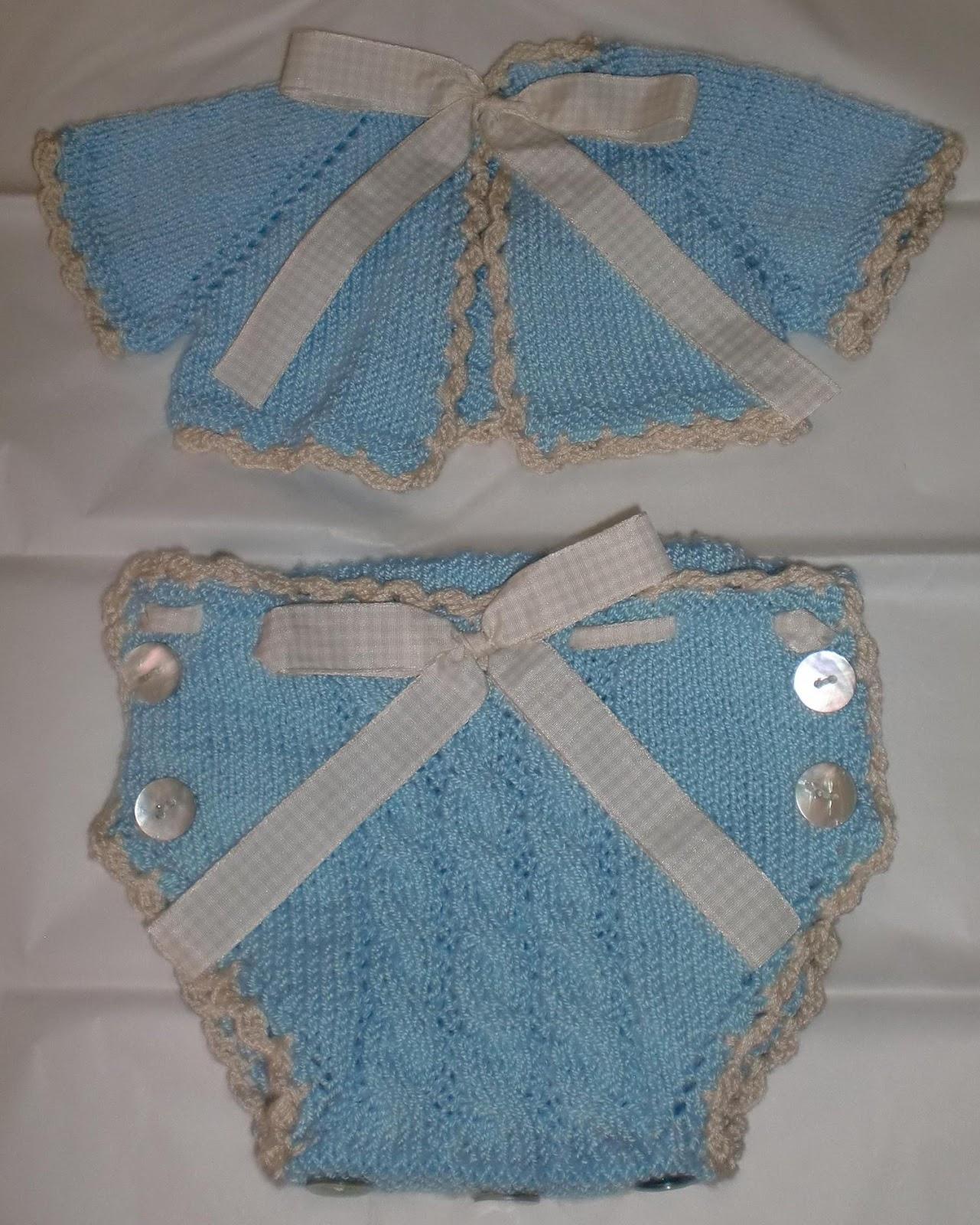 ropa de bebe hecho a mano