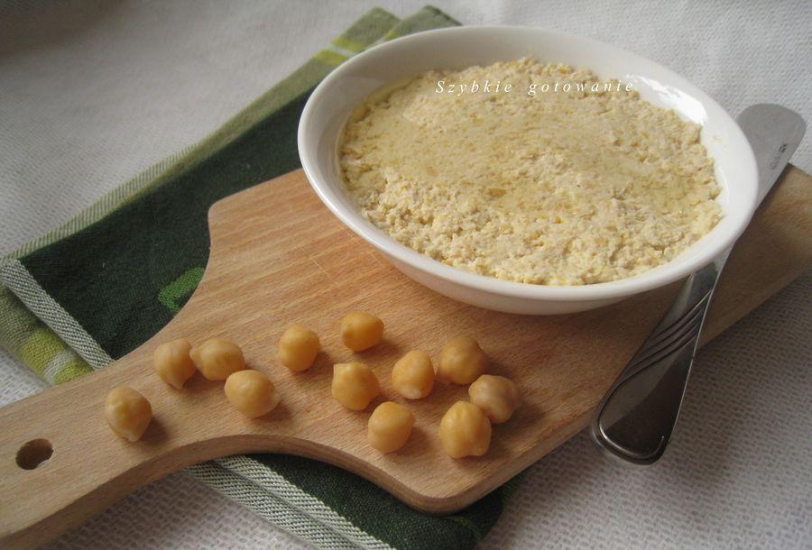 Hummus - pyszna pasta z ciecierzycy