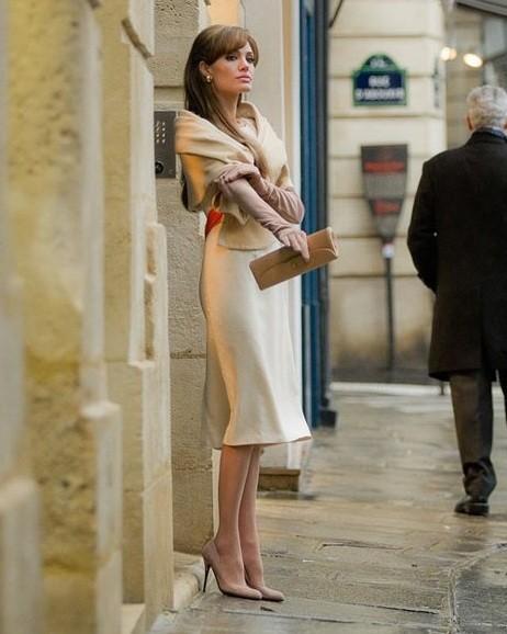 Mizo Wallpaper Angelina Jolie 39 S Glamorous 39 Tourist 39 Style