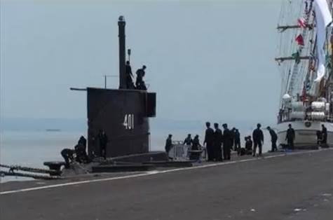 Gambar kapal selam Kilo Class TNI AL