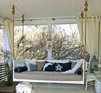 Lilac Lane Cottage: Still Porch Dreaming