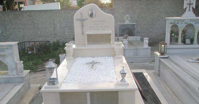 Τι πενθούμε στον θάνατο του δικού μας νεκρού;