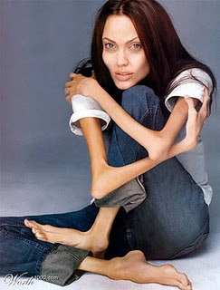 http://3.bp.blogspot.com/-vuR4jFnfatU/Ts4sK1HvWDI/AAAAAAAAAdA/XX8pz0tI2aM/s320/angelina%2Bjolie%2Banorexic.jpg