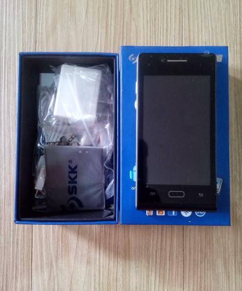 SKK Mobile Glimpse 3G Unboxing