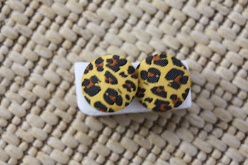 regular cheeta print on yellow big