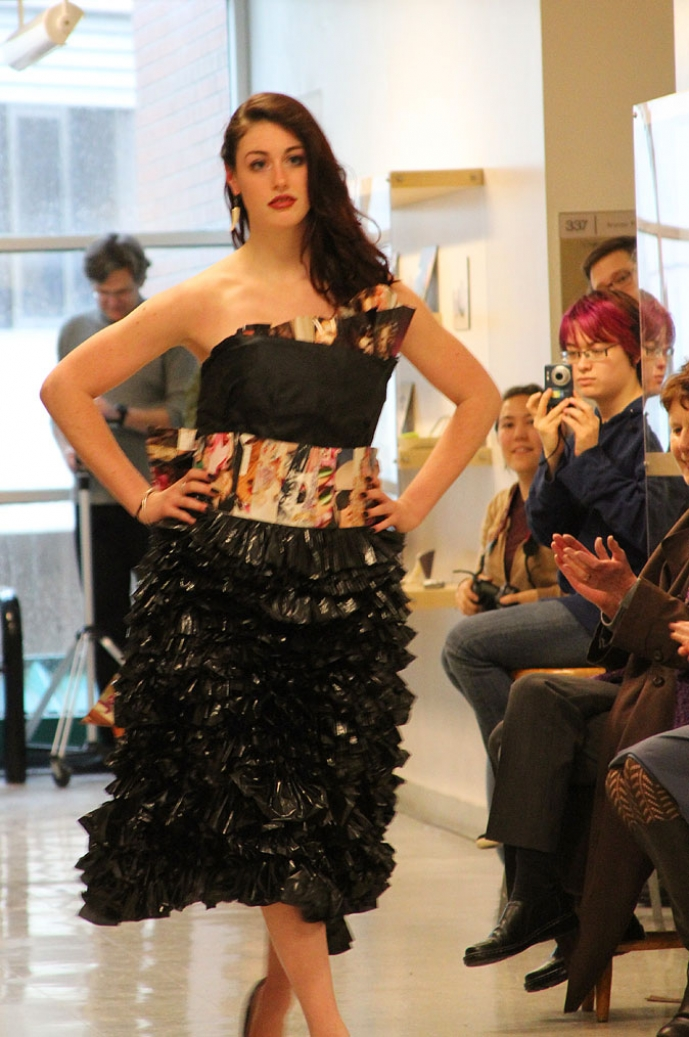 How to recycle trash fashion show - How to reuse magazines seven inspired ideas ...