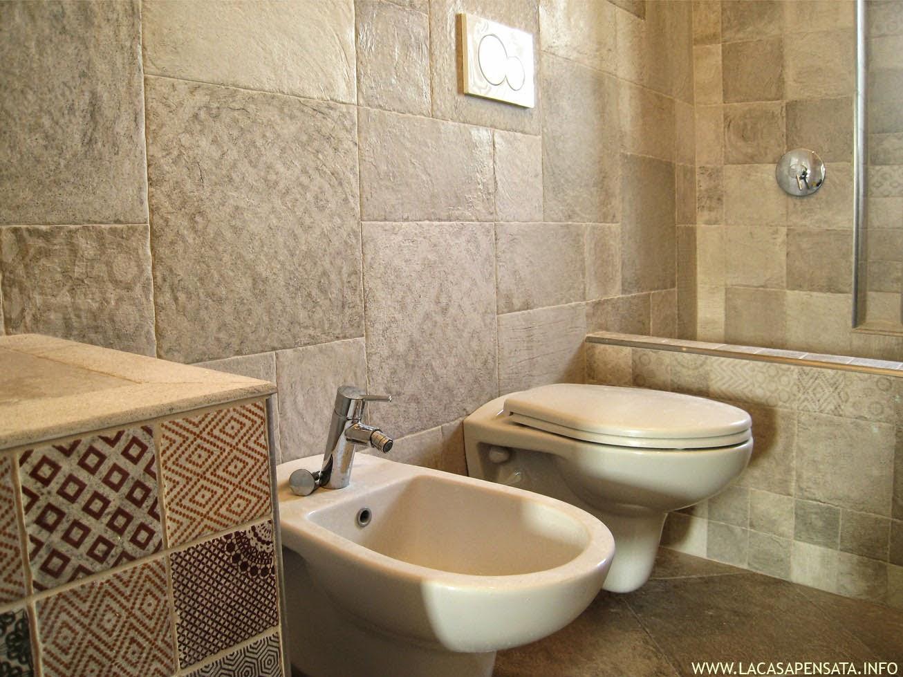 Bagni in muratura mosaico eg86 regardsdefemmes - Piastrelle bagno mosaico doccia ...