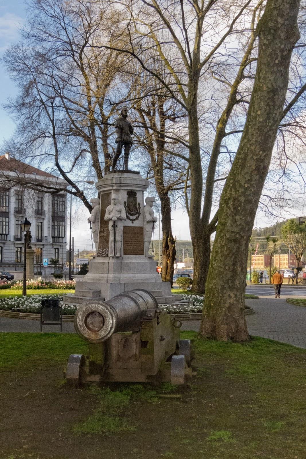 Pedro Menéndez de Avilés, estatua, cañón