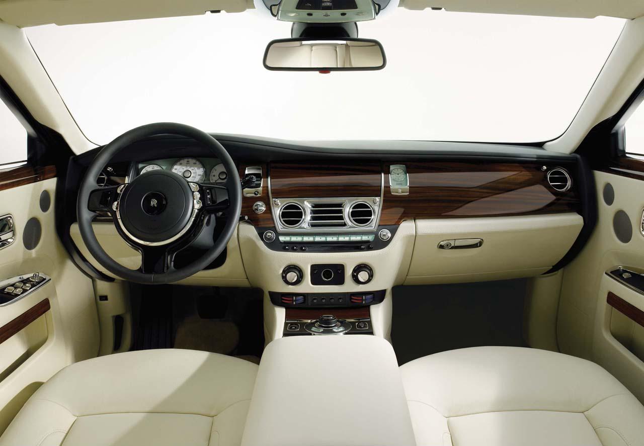 http://3.bp.blogspot.com/-vulpPBbaITI/T4aJ6BTyerI/AAAAAAAAB3A/is6gtI0wxpA/s1600/Rolls-Royce18.jpg