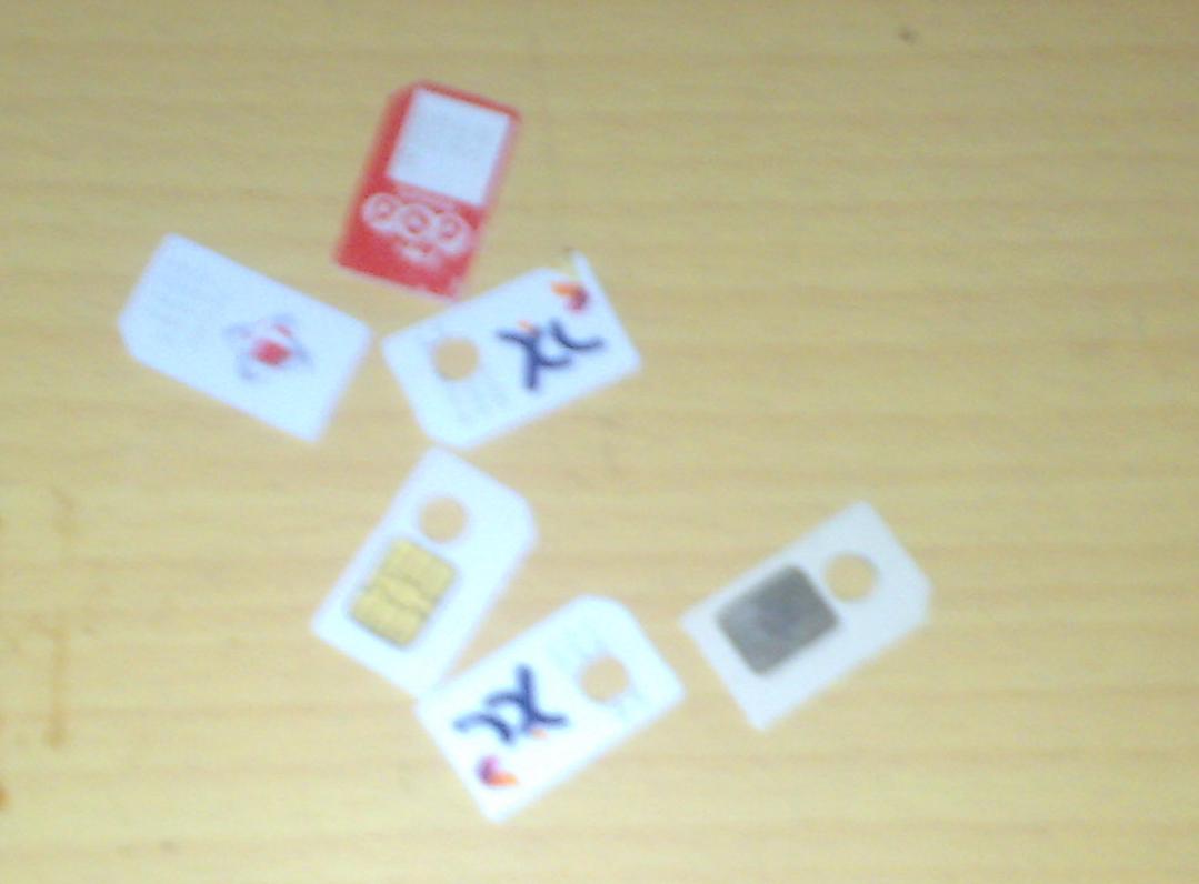 Gantungan Kuci Dari SimCard Bekas