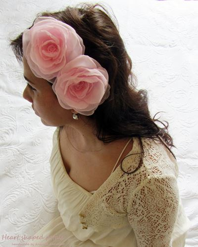 Hair accessory fabric roses pink