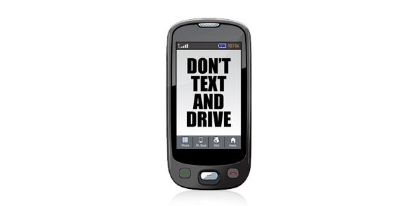 Textear mientras conduces: más peligroso que beber