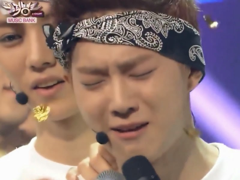 Kpop idols crying