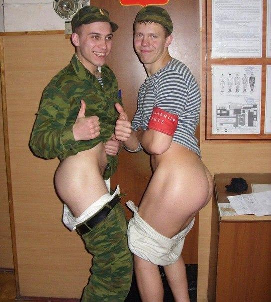 Альбоиах солдатских дембелеи фото порно в