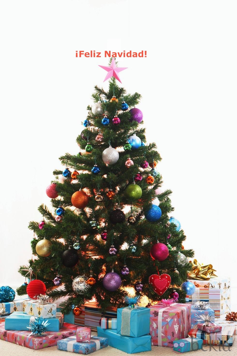 El color comunica significado del arbol de navidad - Imagenes de arboles navidad decorados ...