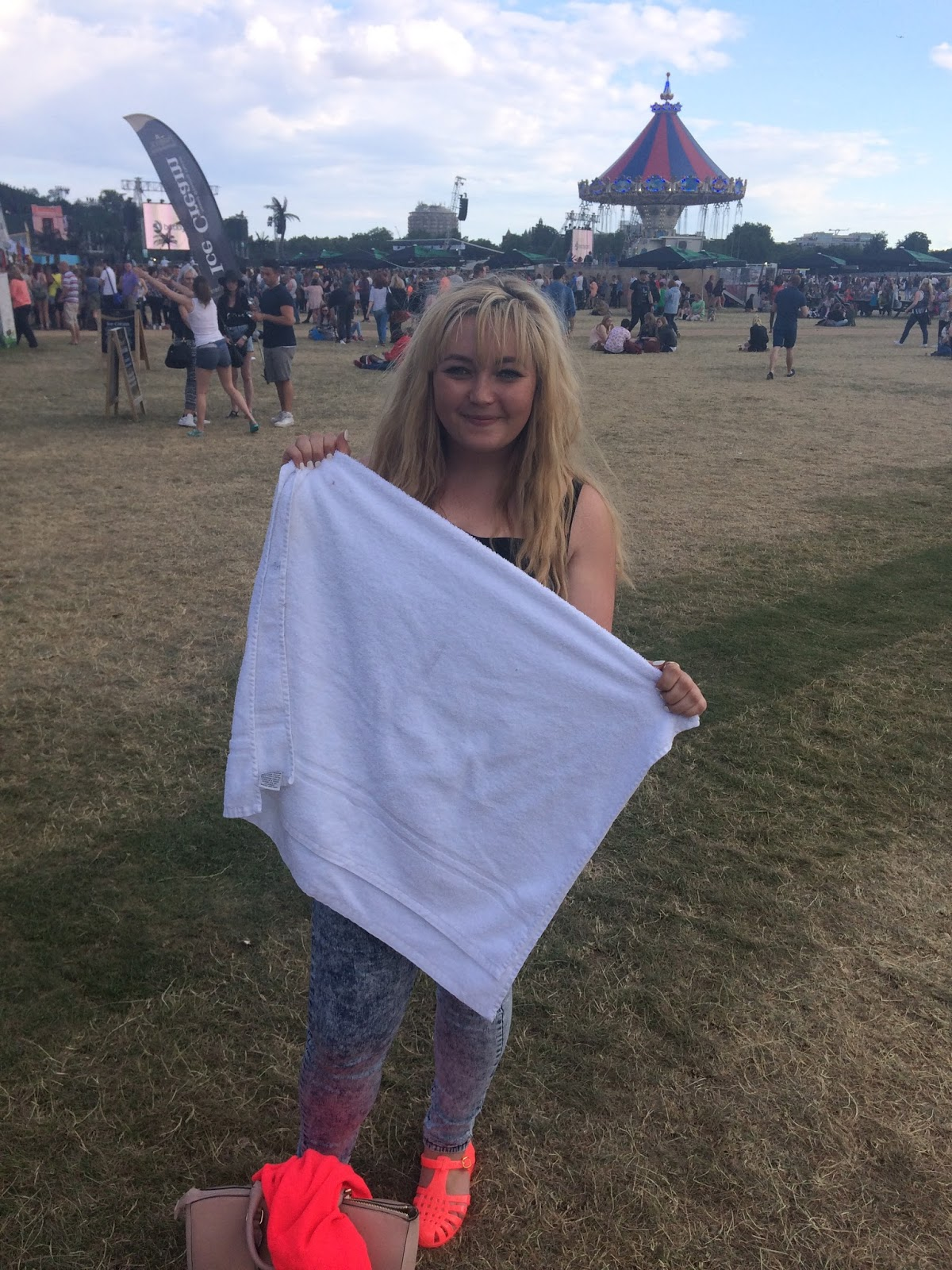 Nicola Simmons, something like nicola, rixton towel,