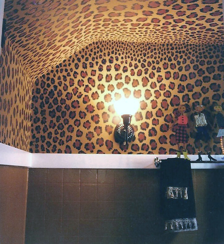 Creative hoarder for the love of leopard for Leopard print bathroom ideas