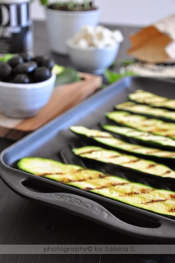 Due bionde in cucina: Insalata tiepida di orzo con zucchine e ...