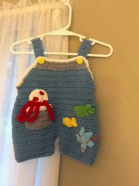 .Lindas Crafty Corner: Baby Dungaree Pattern