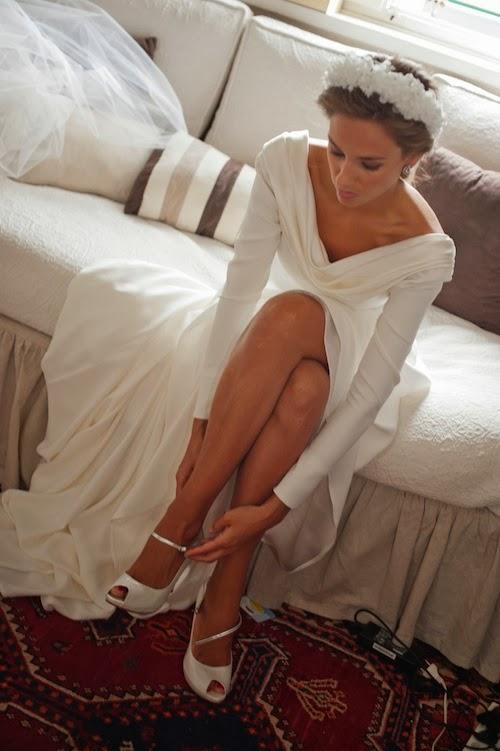 """la petite maison: vestido de novia con mangas de """"quita y pon"""""""