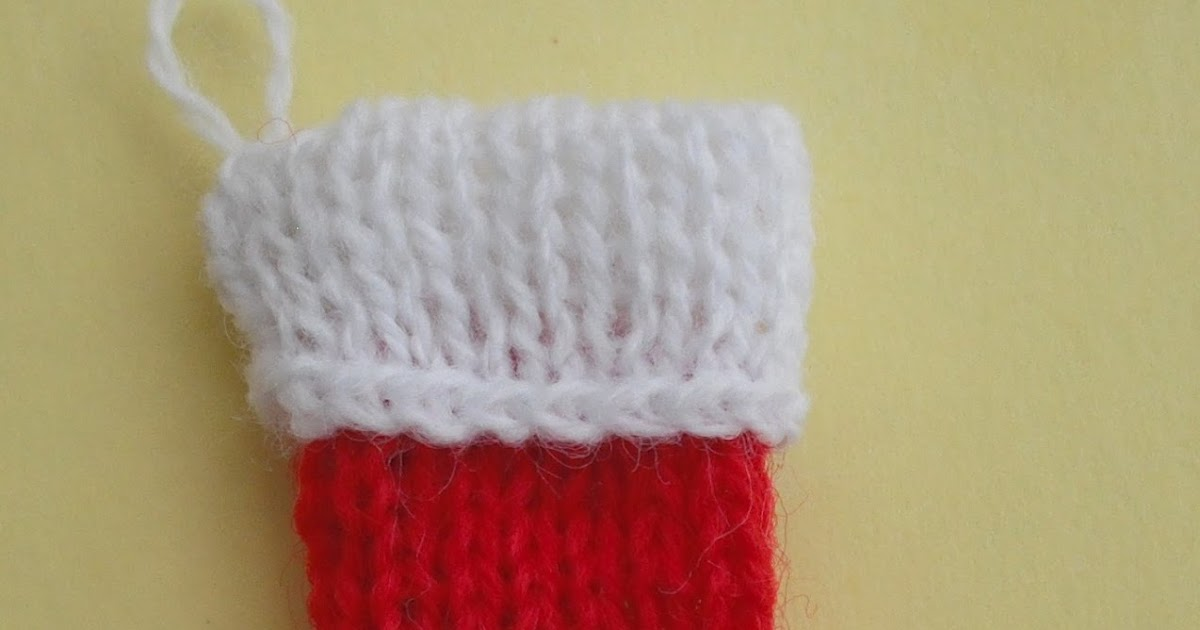 bitstobuy: Free pattern for a 12th scale dolls house miniature knitting Chris...
