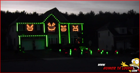 Vídeo - Gangnam Style versão Casa Halloween Iluminada