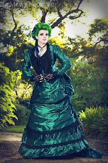 Green_Black_Gothic_Steampunk_Victorian_Dresses
