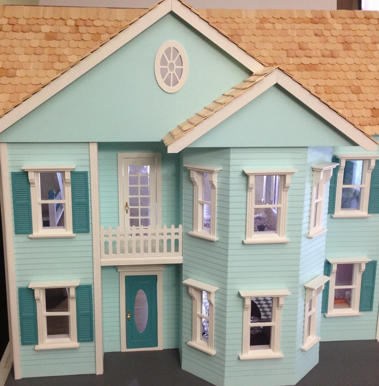 Once upon a doll collection dollhouse building - Casas estilo americano ...