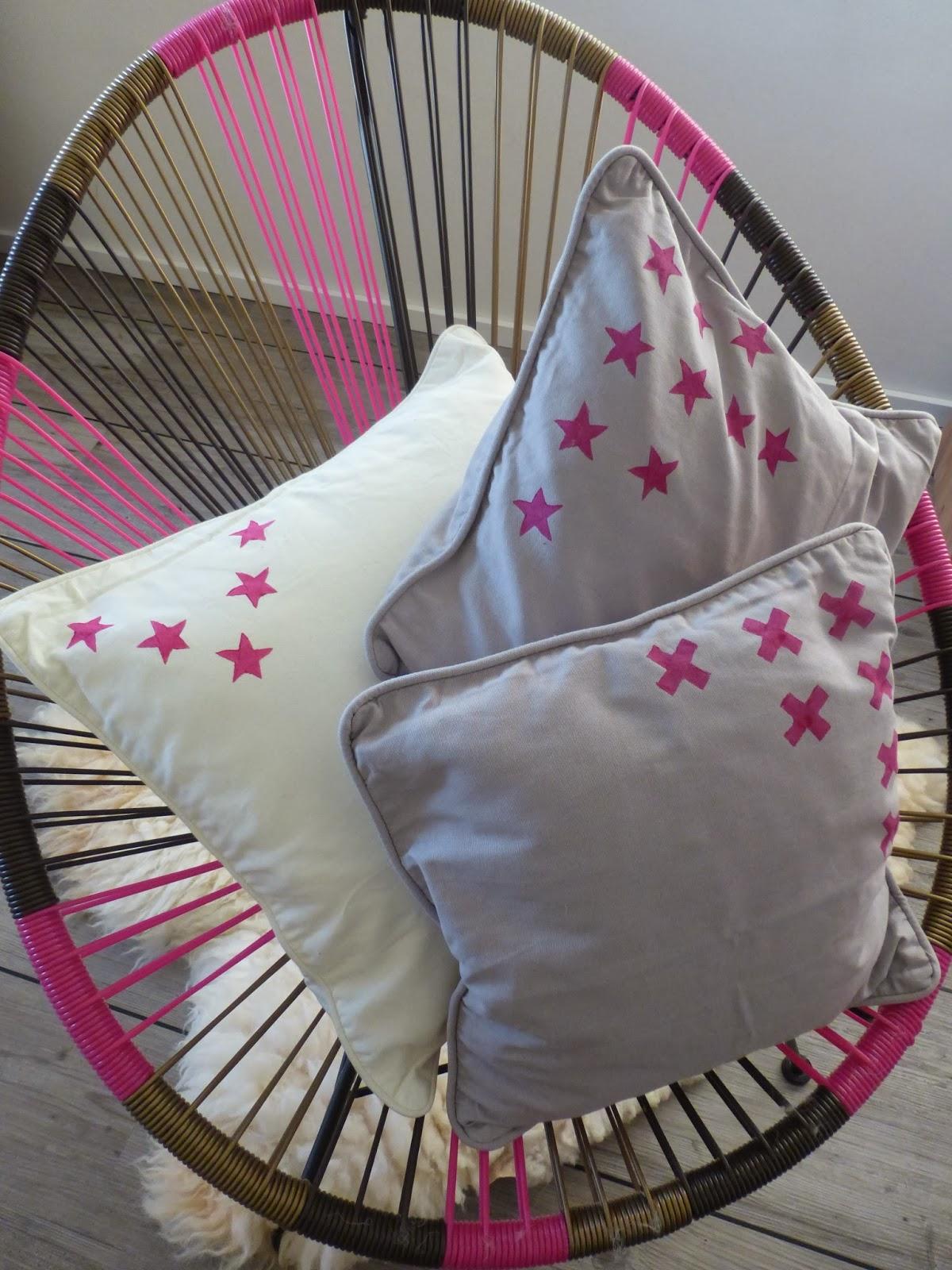 DIY Kartoffeldruck Kissen bestempeln Stern pink grau