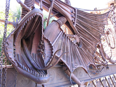 Dragon of Pabellons Güell in Barcelona