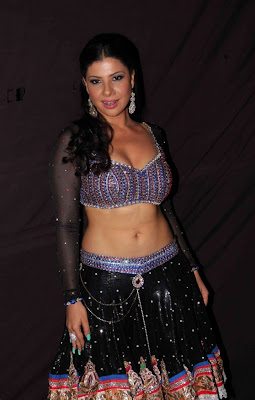sambhavna seth poses after live dance performance photo gallery