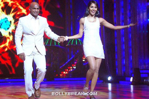 The lovely Priyanka Chopra being escorted on to stage - The GIRLS of JHALAK DIKHLA JA- episode 1
