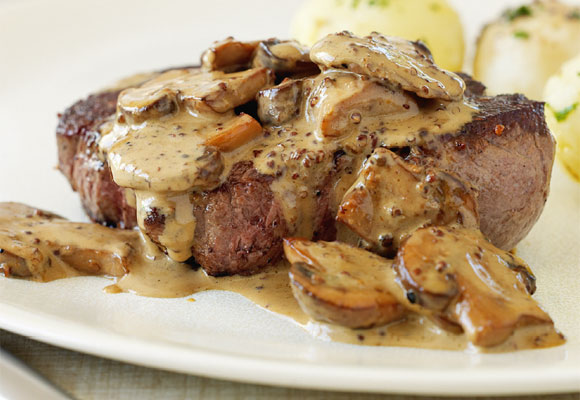 FILLET WITH CREAMY MUSHROOM SAUCE