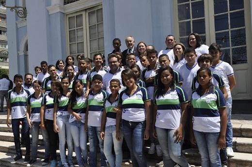 Alunos de Limoeiro participam de Aula de Cidadania