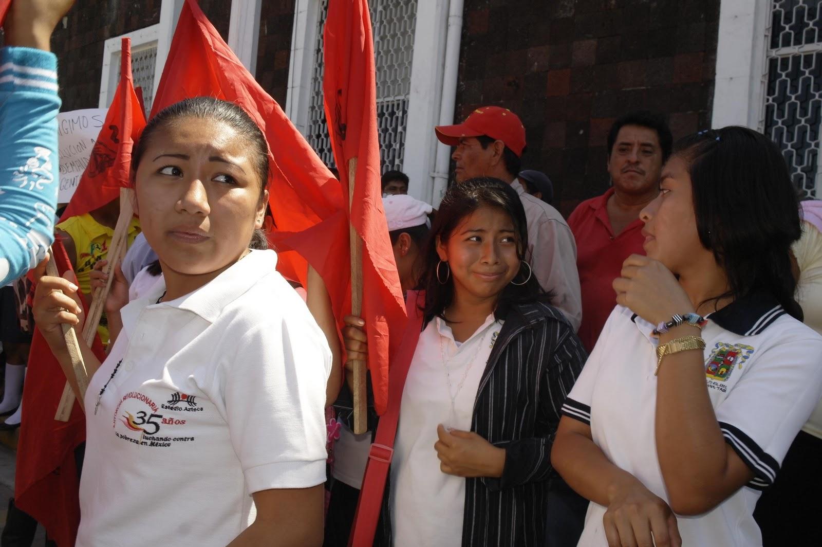 Jóvenes y mujeres avalan a sus autoridades comunitarias haciéndose ...