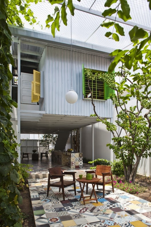 http://www.archdaily.com/381335/the-nest-a21studio/