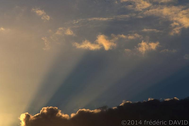ciel nuages coucher soleil rayons lumière Seine-et-Marne