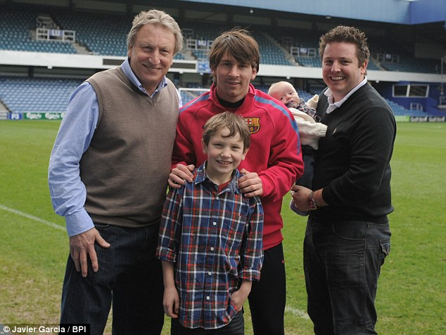 Lionel Messi With Family New Photographs