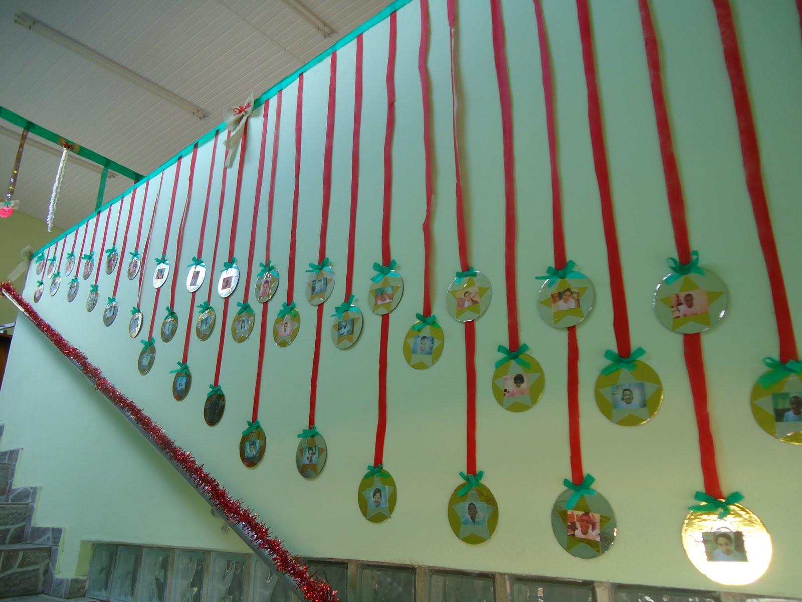 Pestalozziumahist riadevida ornamenta o da celebra o for Mural de natal 4 ano