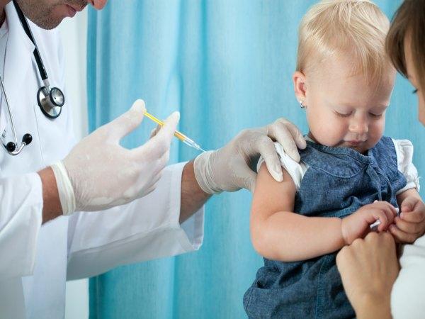 Razones por la que es importante vacunar a un niño