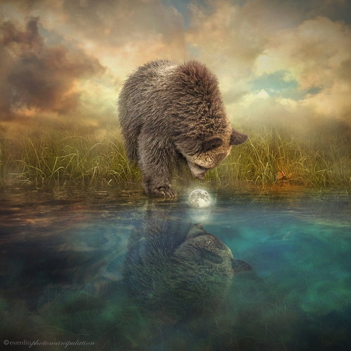 14-Little-Moon-Even-Liu-Surreal-Photo-Manipulations-and-the-Lantern-www-designstack-co